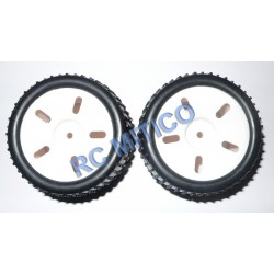 83704 - Rueda color BLANCO para Truggy 1/16 x2